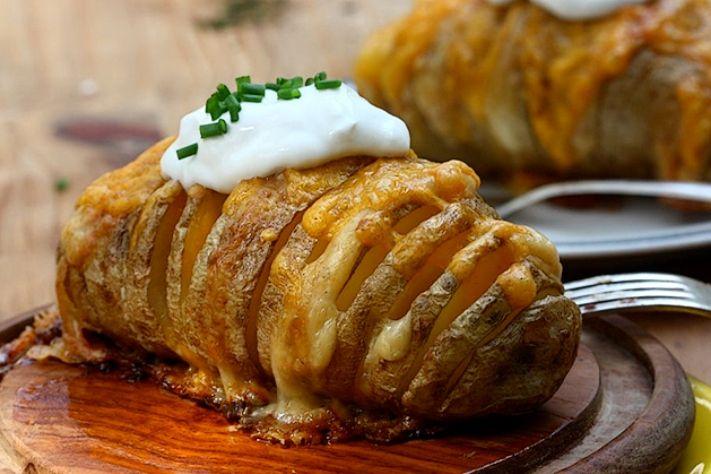 Patate gratinate al forno con Parmigiano Reggiano - La ricetta di Buonissimo