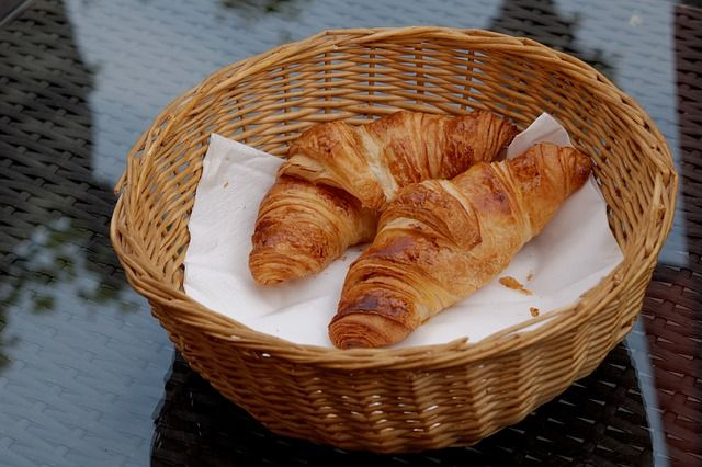 Chutné maslové croissanty s fantastickou jemnou chuťou! Pripravené sú behom pár minút! - Báječná vareška