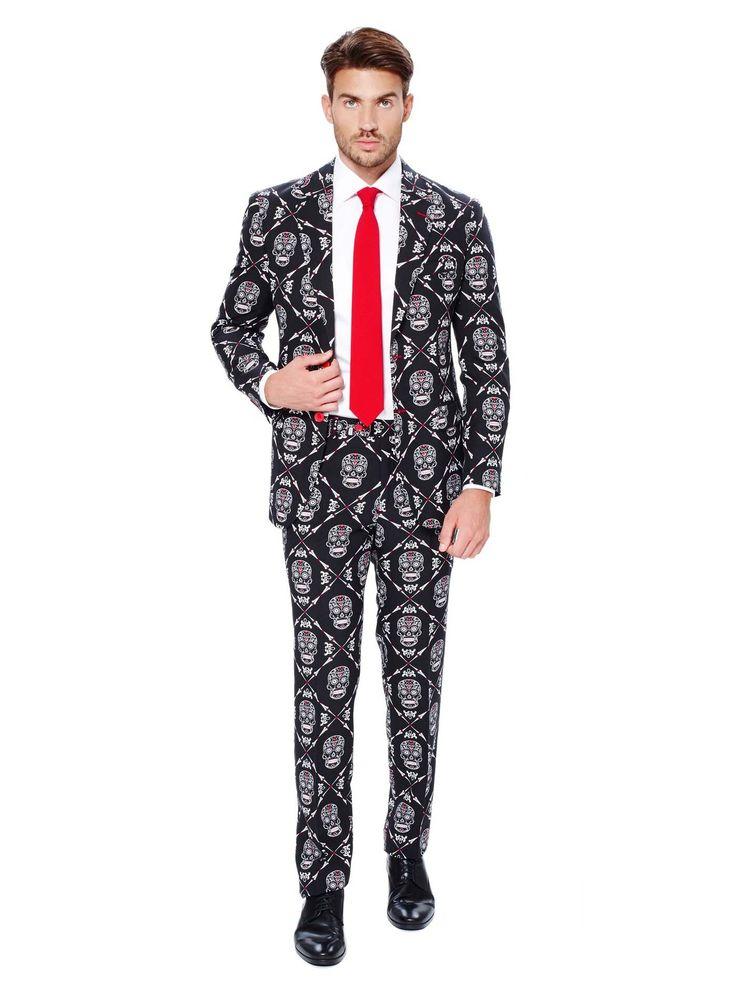 Traje Mr. Skeleton hombre Opposuits™ Día de los Muertos: Este traje de esqueleto es de la marcaOpposuits™.Incluye chaqueta y pantalón negros con estampado de calaveras mexicanas y una corbata roja (zapatos y camisa no incluidos).La...
