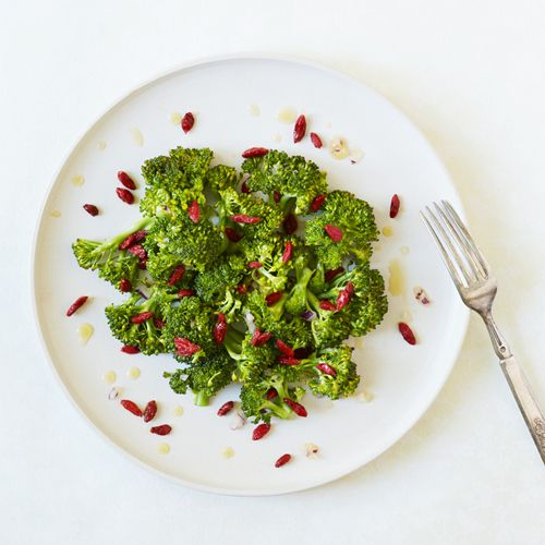 Vi er vilde med det! Rå, næringsfyldt og plantebaseret raw food mad. Kærlighed i form af den ypperste næring til kroppen. Find Rawfood opskrifter her.