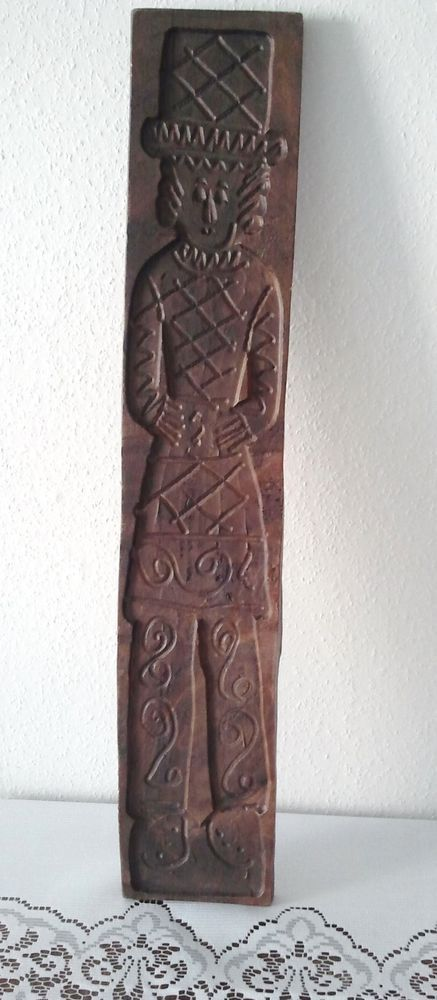 "LARGE 29"" ANTIQUE HAND CARVED WOOD SPECULAAS SPRINGERLE COOKIE MOLD OF A MAN"