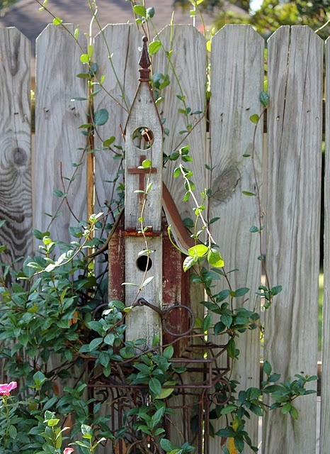 .: Chapel Birdhouses, Covers Birdhouses, Church Birdhouses, Birds Of Paradis, Birds Houses, Gardens Art, Church Houses, Gardens Design, Birdhouses Ideas