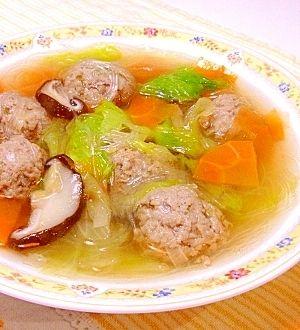「レタスと春雨の具沢山肉だんごスープ」やわらか肉団子の春雨スープです。【楽天レシピ】