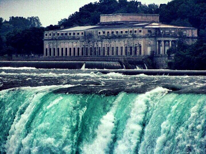 #NiagaraFalls taken by jbleakley2 on #instagram