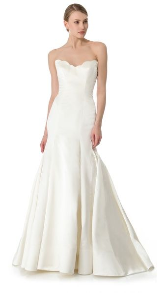 Reem Acra Iris Gown. Simple elegance with interest at the scalloped neckline. So gorgeous.
