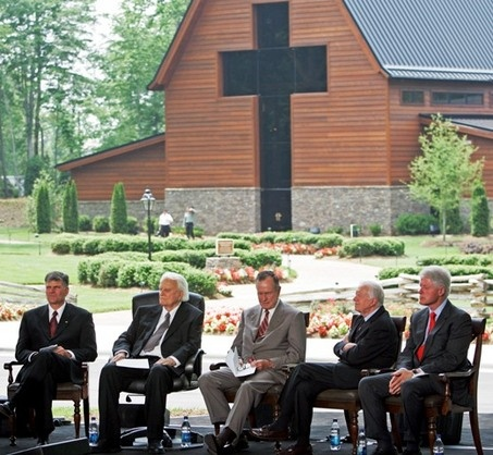 The Opening Ceremony of the Billy Graham Library was attended by President G. Bush Senior, President Gerald Ford and President Bill Clinton.