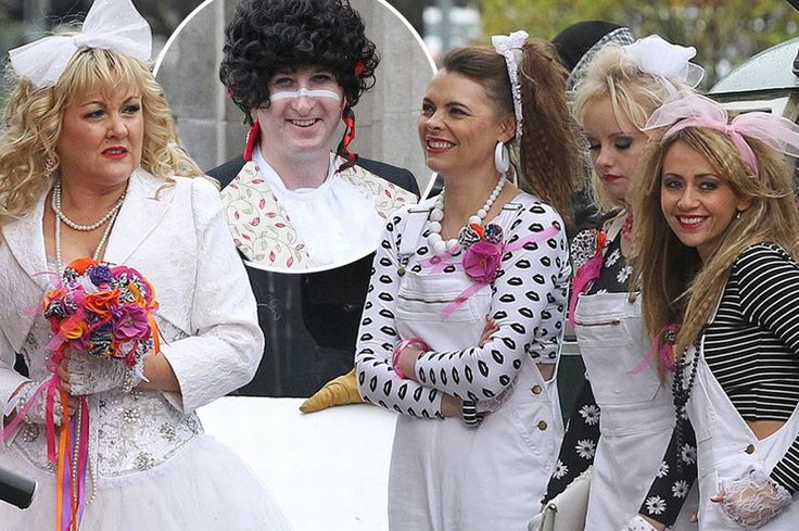 Materi-aisle girl: Eighties-inspired Coronation Street wedding sees bride Beth dress as Madonna - Mirror Online