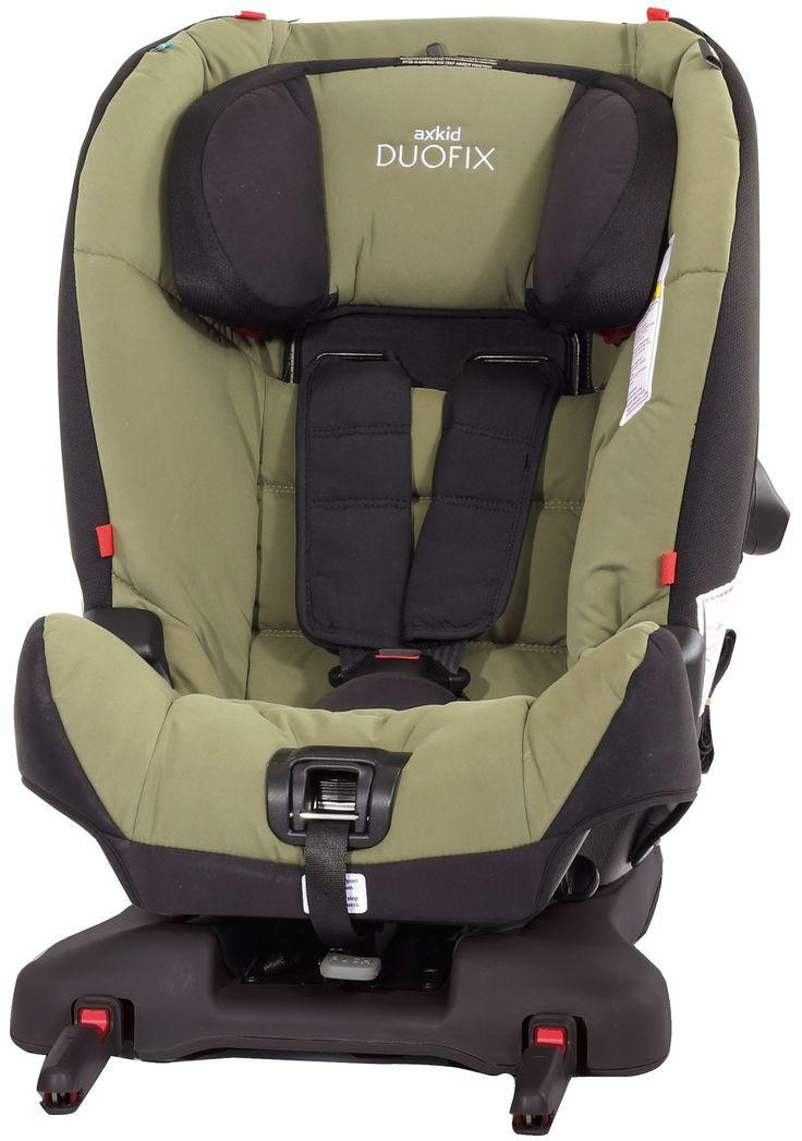 Axkid Duofix Bilstol - en veltestet og trygg bilstol som kan monteres med og uten isofix. Axkid Duofix har patenterte innovasjoner som integrert selvjusterende fempunktsbelte og strammefunksjon som sikrer at forankringsbeltene til enhver tid har optimalt spenn. Bilstolen kan brukes båre forover- og bakovervendt og er designet etter de seneste standardene for barnesikkerhet i bil. <br><br>Axkid Duofix bilstol er godkjent for barn mellom 9 - 25 kg. <br>Bakovervent : barn mello...
