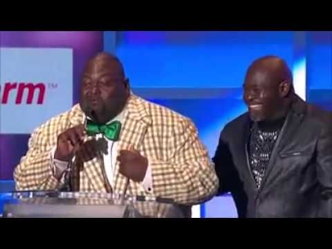 Lavell Crawford Battles Mr Brown and Kirk Franklin @ Hoodie Awards - YouTube