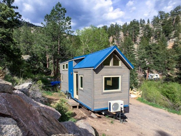 SimBLISSity Tiny Homes - off grid tiny house builder--Beautiful layout for THOW.  Great use of space.