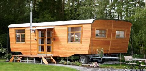 This is a BEAUTIFUL 'double wide' tiny house with an additional slide out. It's called the Wohlwagen XL and it's designed and built by Wohlwagen in Goettingen, Germany. Beau…