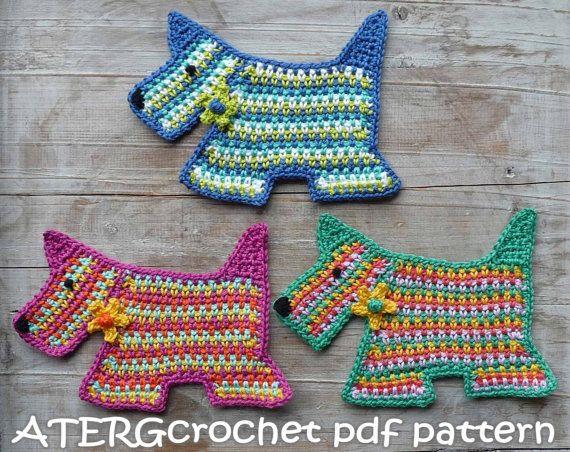 He encontrado este interesante anuncio de Etsy en https://www.etsy.com/es/listing/124331786/crochet-patrones-perro-scottie-por