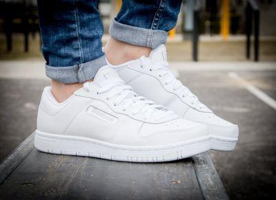 #Buty #Reebok dla osób ceniących #klasykę i oryginalność w # #sportowym akcencie. #Royal #Reeamaze #Low J95652 to buty przeznaczone do codziennego użytku o smukłym #kształcie oraz #oryginalnej i zawsze #modnej #kolorystyce.