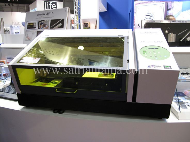 Roland VersaUV LEF-12 Benchtop UV Flatbed Printers