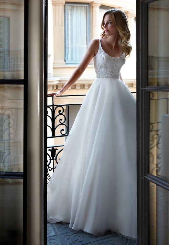 caroline-castigliano-wedding-dresses-9-09282018-km - MODwedding | Ball gowns wedding, Wedding dresses, Wedding dress shopping