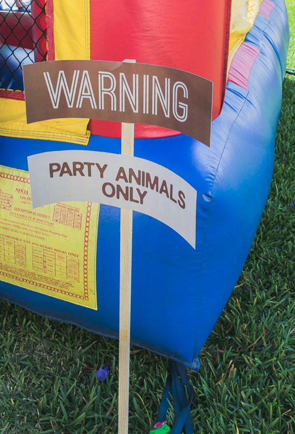Mod Safari Wild Animal themed party for a KarasPartyIdeas.com