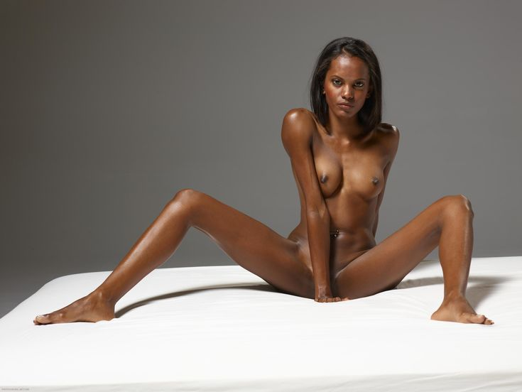 Zoe Saldana Nudes 70