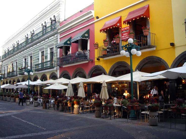 Planea un viaje con #mamá. Te compartimos un #Top de #lugares turísticos de México.