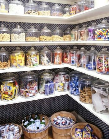 Organized Pantry! -- use glass jars (IKEA has ones just like these)