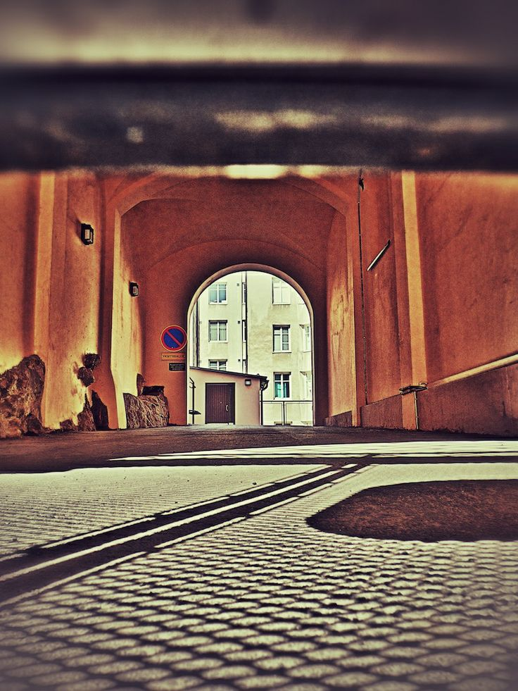 Some gateways have such fine grilles, you have to stoop. #Helsinki #Finland #photography