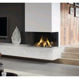 De #Dru Lugo 80/3 de ideale #haard voor plaatsing in een hoek. Dankzij het gebruik van twee zijden blijft het vuurzicht optimaal in tegenstelling van veel andere gashaarden. Ook is de Dru Lugo 80/3 uitgevoerd met het Eco Wave systeem. Met deze techniek creëer je bij een lage stand toch een prachtig hoog vlammenbeeld. Hierdoor verbruik je minder gas en bespaar je op je gasrekening! #Fireplace #Fireplaces #Gashaard #Kampen #Interieur