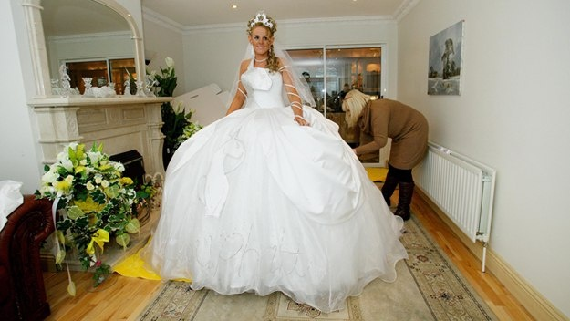 17 best images about big fat gypsy weddings on pinterest for Big gypsy wedding dresses for sale