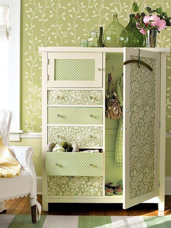 armário antigo/guarda-roupa - dcoração: Closet Spaces, Idea, Living Spaces, Decoupage Furniture, Green, Paintings Dressers, Wallpaper, Wardrobe, Colors Schemes