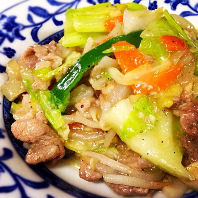 1月10日夕食メニュー ⚫︎豚肉と野菜のにんにく塩あんかけ ⚫︎中華サラダ ⚫︎野菜の中華味噌スープ - 7件のもぐもぐ - 豚肉と野菜のにんにく塩あんかけ by 下宿hirota&メゾンhirota