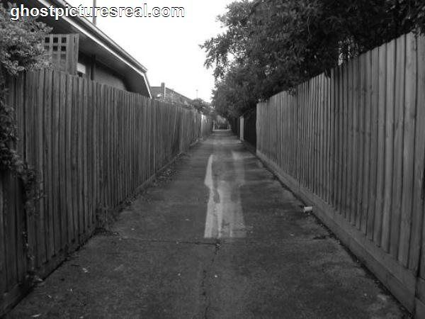 Ghosts | Real Pictures Of Ghosts | ghostpicturesreal.com