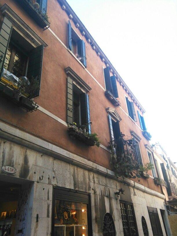 So lovely houses in Venice