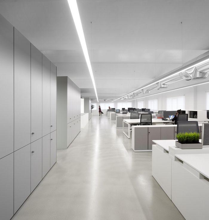 maura martins office design 7 ancestrycom featured office snapshots