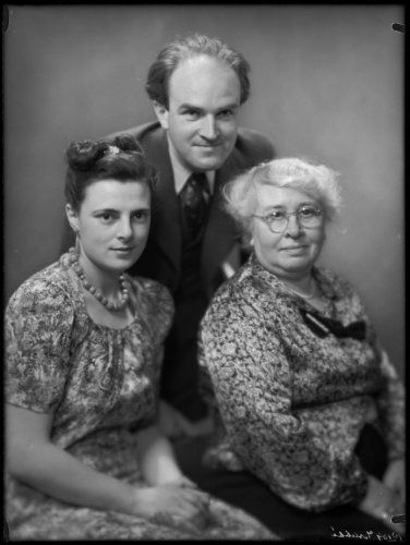 Margaretha Reiss (1914-2002), Maarten Kr...