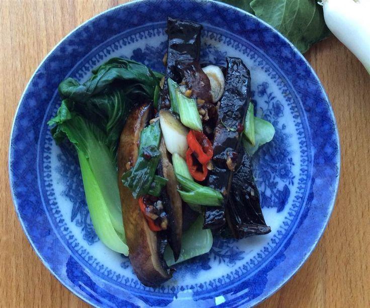 Asiatisk Portobellosvamp med ingefära, chili och paksoi
