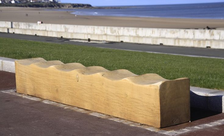 Green Oak Wave Bench