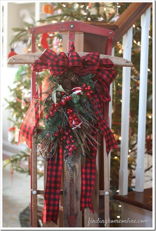 Outdoor Christmas Decorations - perfect idea to decorate a sled on the porch for…