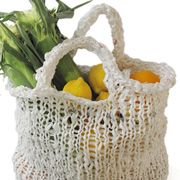 Morehouse Farm • PlastiKnits:   Knitting with recycled plastic bags! http://www.morehousefarm.com/PlastiKnits/2/