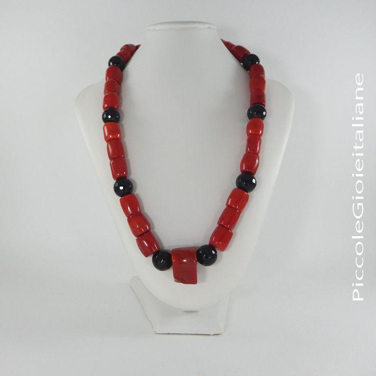 Collana moderna Collana corallo bambù Collana rossa Collana onice Collana particolare Collana artigianale Collana moda Collana rossa e nera di PiccoleGioieitaliane su Etsy