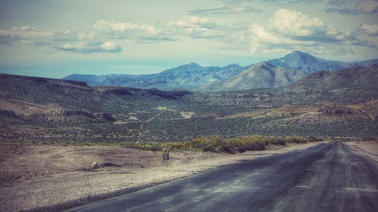 Vistas de la Ruta 40... Bardas Blancas - Provincia de Mendoza - Argentina