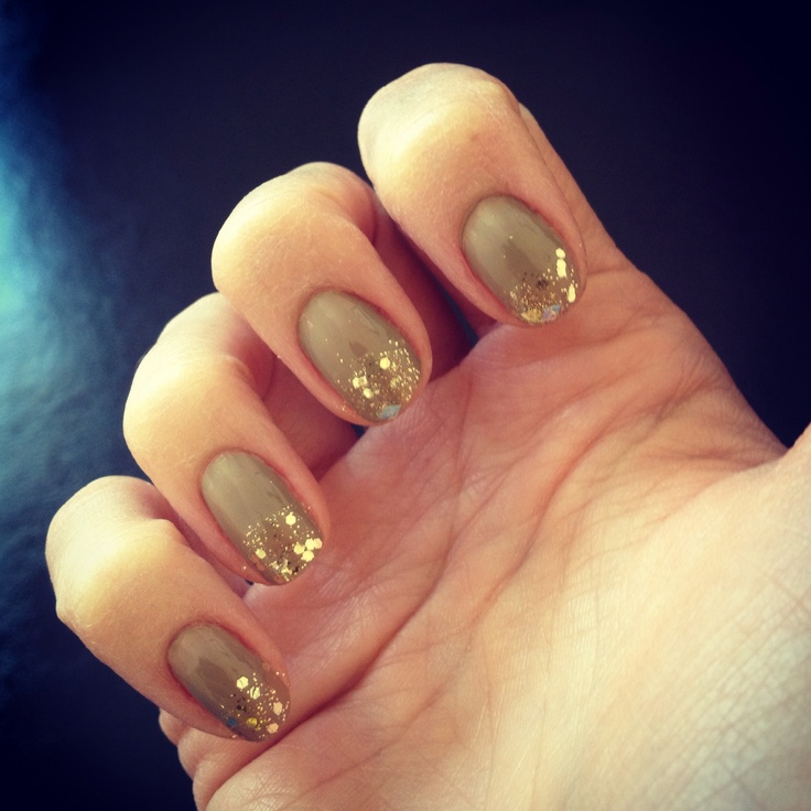 Gold meets Nude!