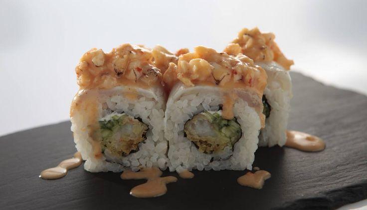 """#konkurs na fanpage-u Kofuku  Nadszedł czas na kolejny KONKURS! Do wygrania zestaw rolek z nowego menu """"PRESTIGE"""". Wystarczy odpowiedzieć w komentarzu na pytanie: """"Czym jest dla Ciebie prestiż""""? Wyniki ogłosimy 6 listopada, czas START!  https://www.facebook.com/kofuku.sushi"""