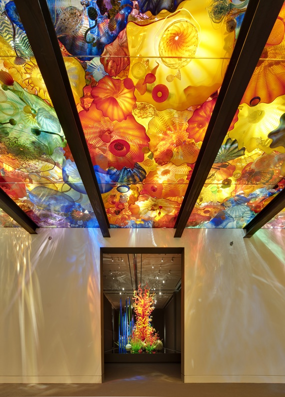 Persian Ceiling, Dale Chihuly (American, born 1941), 2011  Blown glass 15 X 28'  Artwork © 2011 by Chihuly Studio, All rights reserved.  Photograph © Museum of Fine Arts, Boston.