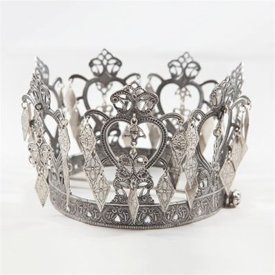Bunad crown, traditional national costume of Norway...inspo for sternum crown tattoo
