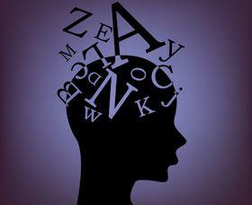 PENSAMIENTO Y LENGUAJE        El estudio del lenguaje egocéntrico permite a Vygotsky captar la naturaleza y estructura del lenguaje interi...