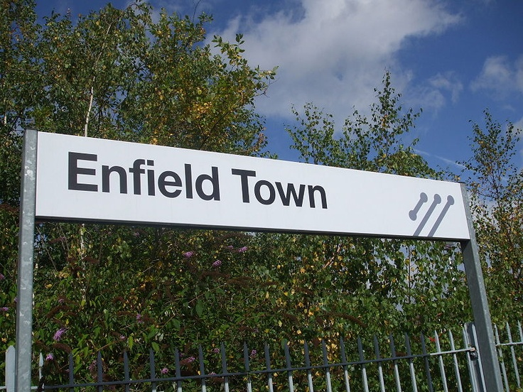 File:Enfield Town