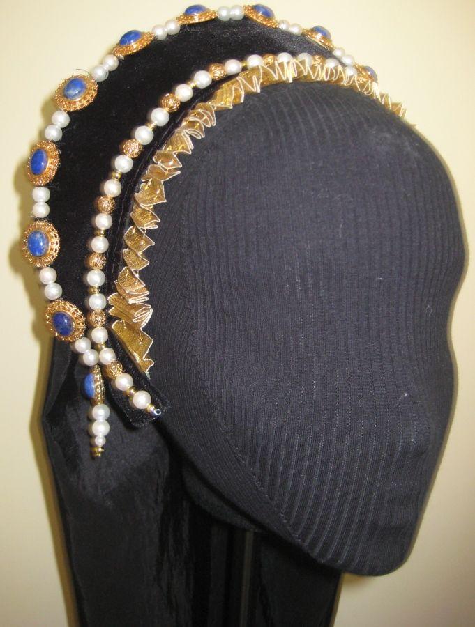 anne boleyn's french hood