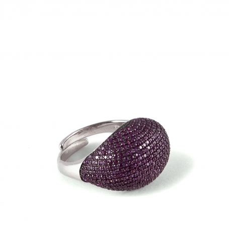 Curved ruby pavè ring EDITORS' NOTES  Complete your outfit with this gorgeous sparkling  curved pave' ring, crafted from sterling silver plated and brightly ruby cubic zirconia, which will add an elegant shot of texture to every look. This Ring also has an opening at the back for a slightly adjustable fit.  http://www.ultimaedizione.com/shop/en/rings/271-curved-ruby-pave-ring.html