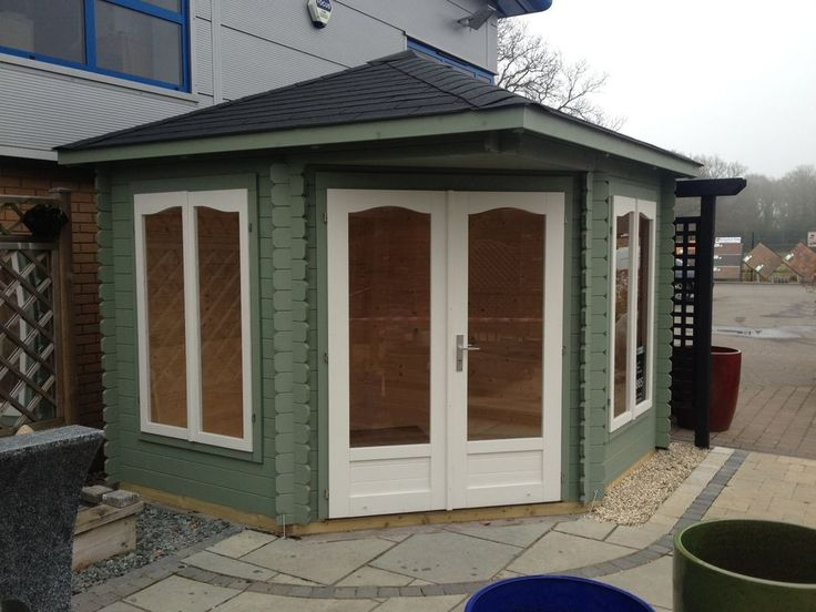 17 best images about summerhouse on pinterest gardens for Corner garden office