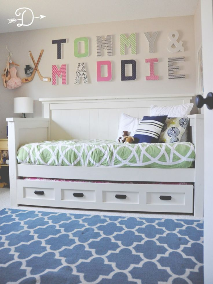 25 best ideas about diy daybed on pinterest daybed 10914 | 76b4d18be6c1bc3ed1646c82361069ca