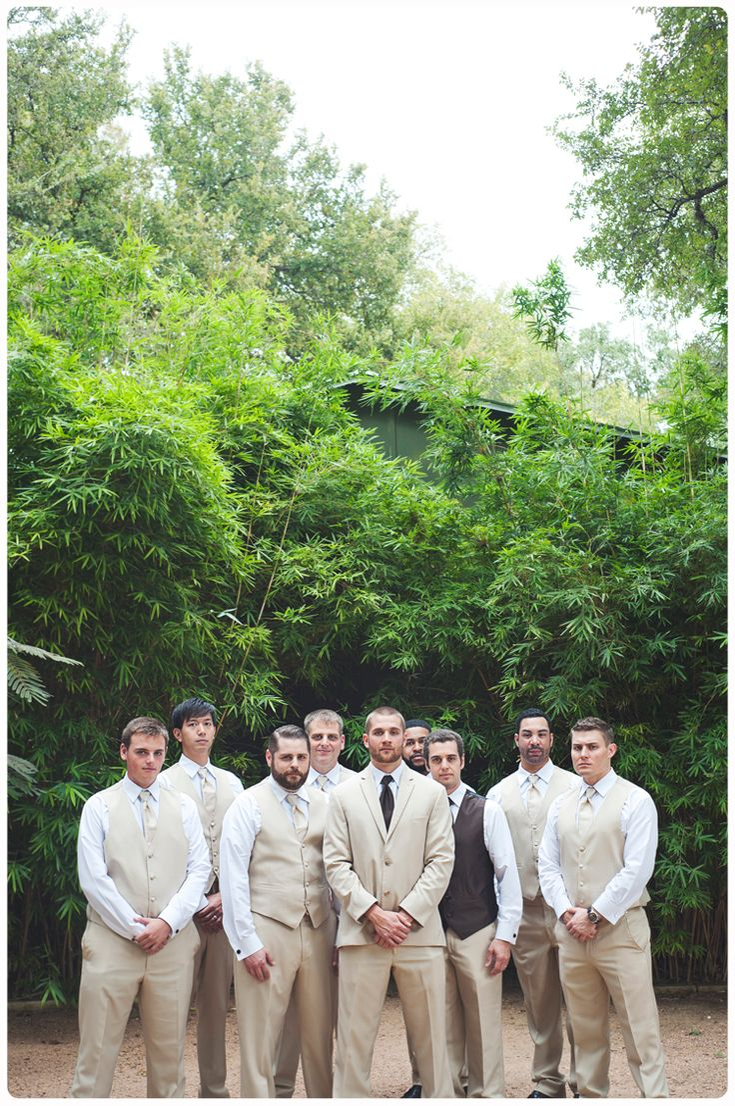 outdoor weddings near akron ohio%0A Hummingbird House   Jordan and Mike   April May Creative Photography    austin wedding venue    Unique Wedding VenuesOutdoor