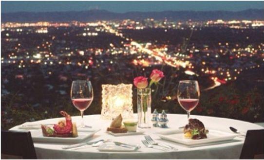 Ya tenemos ganador de nuestro concurso de Sant Jordi. ¡Felicidades Andrea Rodrigo por la cena romántica para dos!